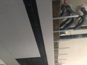Ejecución de falso techo acústico.
