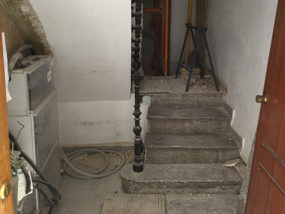 Estado inicial de acceso a escalera en Planta Baja.